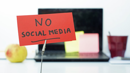 no Social media - divorce graphic sitting on desk